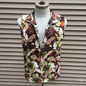 EUC Additions by Chicos flower pattern zip vest
